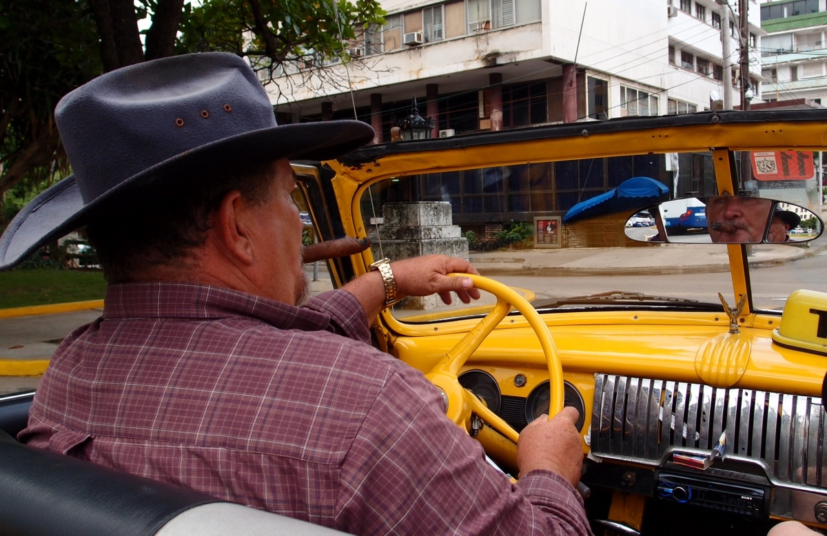 Our first Havana Classic 50s car taxi ride