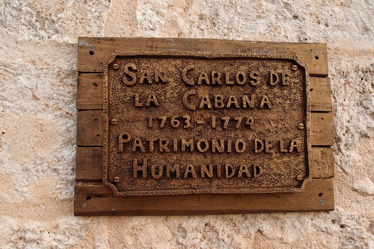 Forteleza de San Carlos de la Cabana name plate