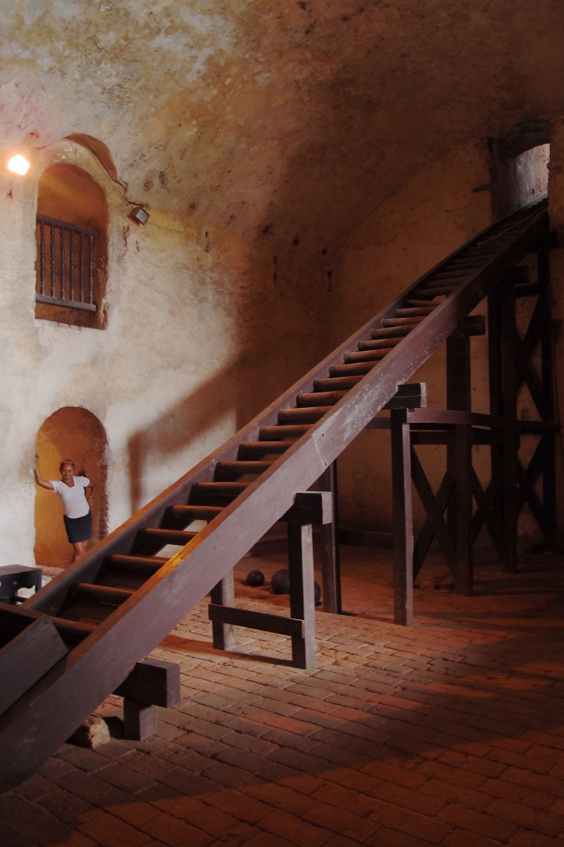 Canon room in Castillo de San Pedro de la Roca del Morro